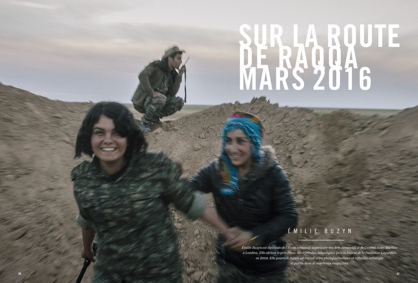 Possession Immédiate Volume 5 - Photographies et texte d'Émilie Buzyn, Sur la route de Raqqa